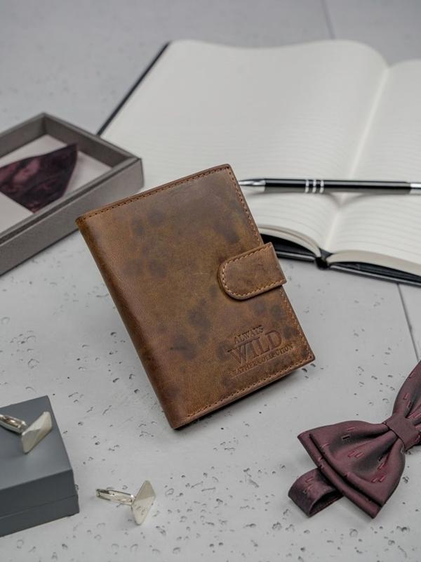 Pánská hnědá kožená peněženka 3131