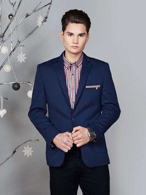 Stylizace č. 372 - elegantní sako, károvaná košile, chino kalhoty