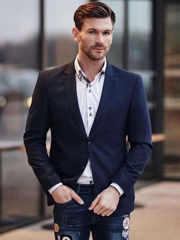 Stylizace č. 388 - elegantní sako, košile, džíny